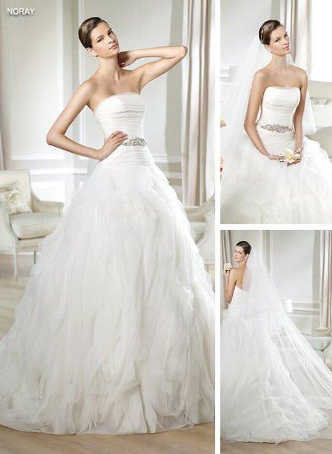 suknia ślubna z piórami