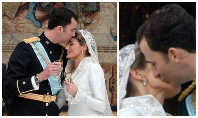 Zarte Küsse von Felipe und Letizia