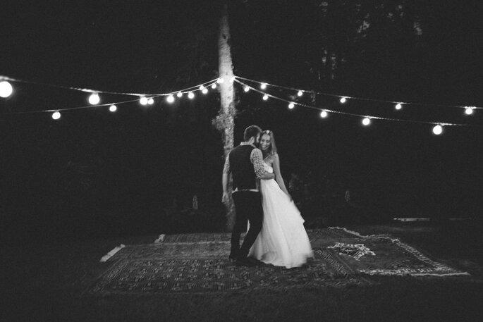 Os noivos bailam