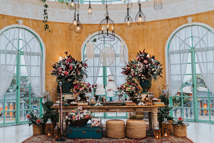 Salão decorado da Villa Giardini Ecoparque