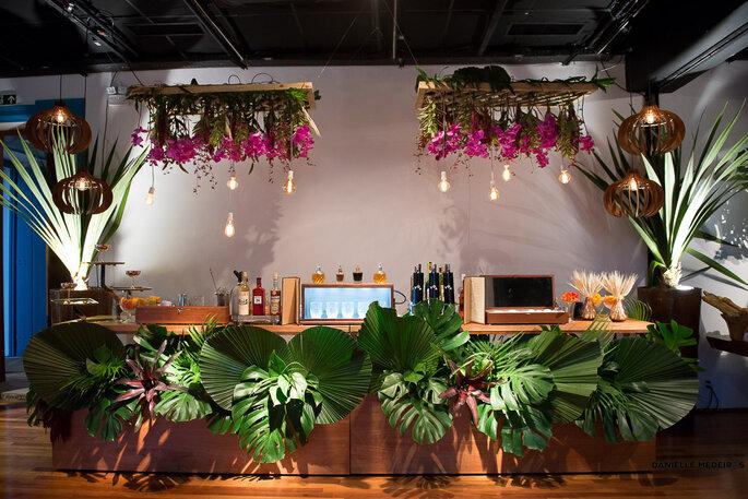 decoração aérea bar casamento