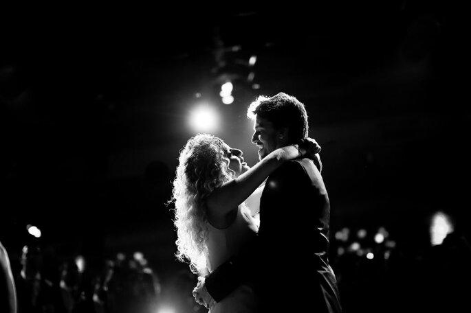 dança dos noivos foto