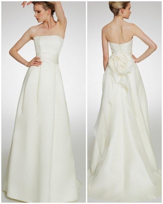Vestido de novia escote strapless, moño en la espalda. Patricia Avedaño