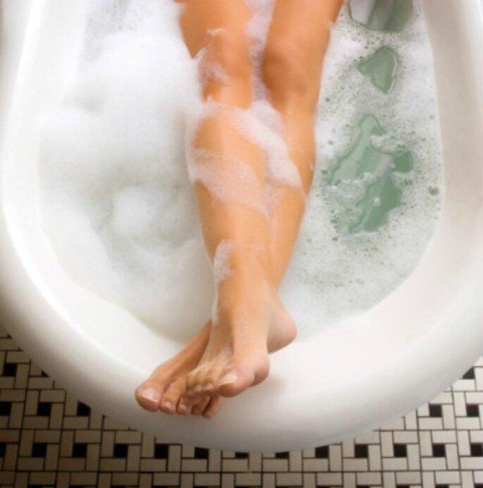 Evita los hongos en los pies lavandolos diariamente. Foto: Steve Cole.
