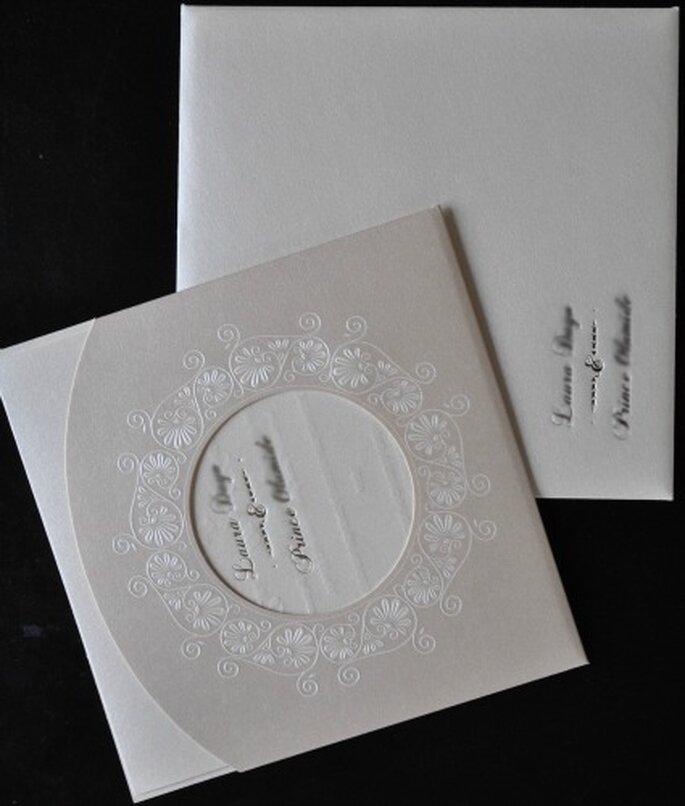 Faire-part de mariage classique et chic - Photo : Ceremonize
