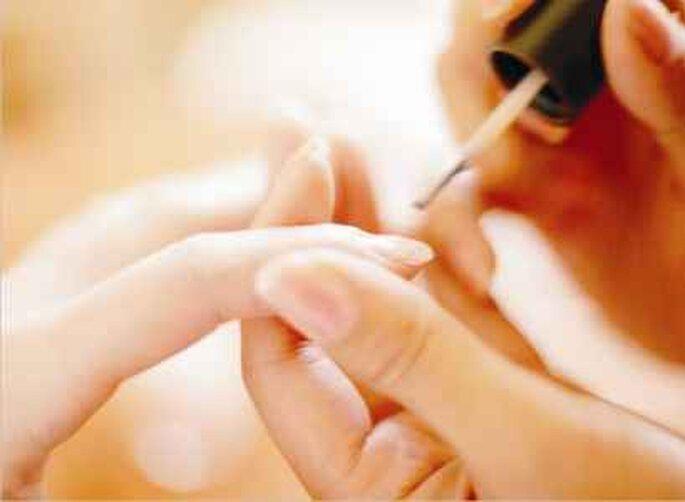 Una manicura our profesional siempre puede ayudar a quedar impecables