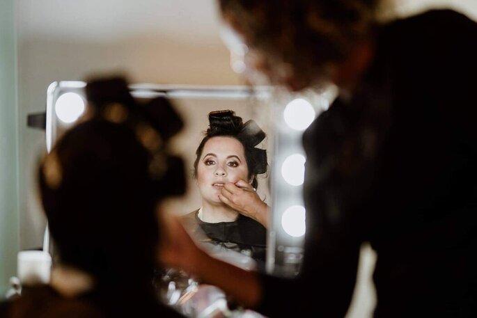 Adriana Mendes Makeup & Hair
