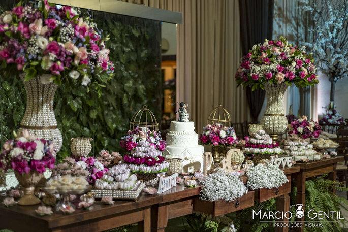 Mesa de doces no casamento