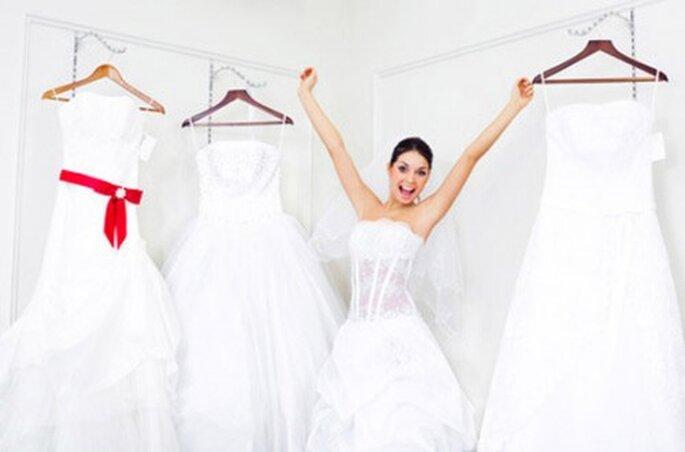 Les essayages de robes de mariée : un moment crucial - (C) Mariage Style