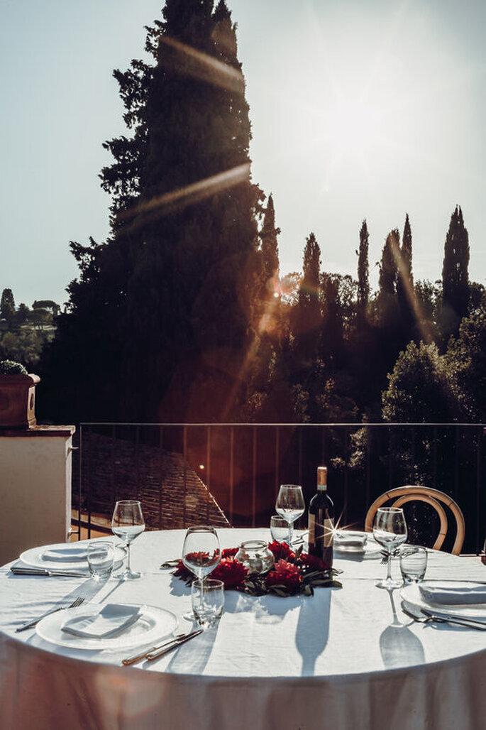 Villa Castiglione - tavola imbandita in terrazza