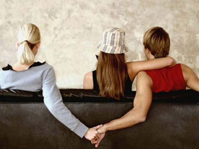 L'ex è uno degli argomenti più spinosi da affrontare in una coppia. Foto www.contattonews.it