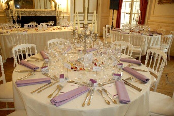 Die personalisierten Pralinen sind eine tolle Aufmerksamkeit für Ihre Gäste - Foto : Chocolat de Mariage