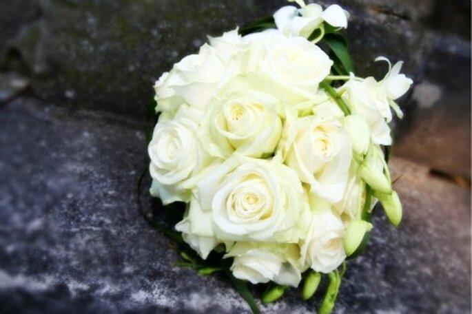 Fragen an den Floristen. So wird Ihr Brautstrauss ein Erfolg. Foto: JMG / pixelio.de