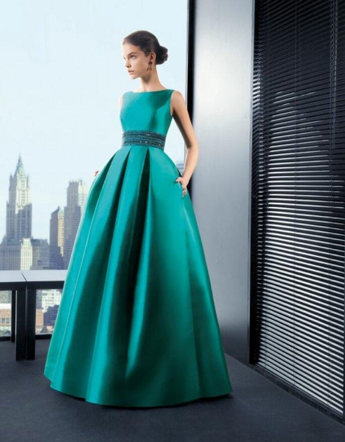 Vestido en color verde esmeralda