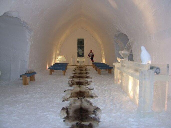 Capilla de hielo del Hotel Kakslauttanen (Finlandia)