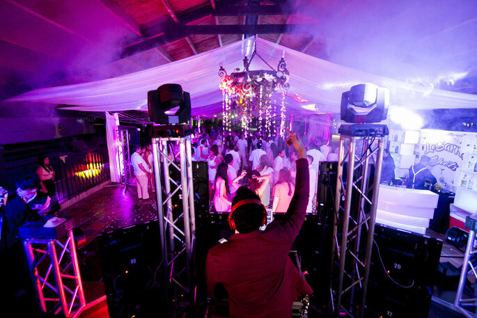 Megamusic Entretenimiento - Wedding Planner