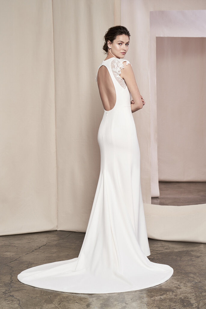 Justin Alexander Signature 2020 Collection | Style: Daphne