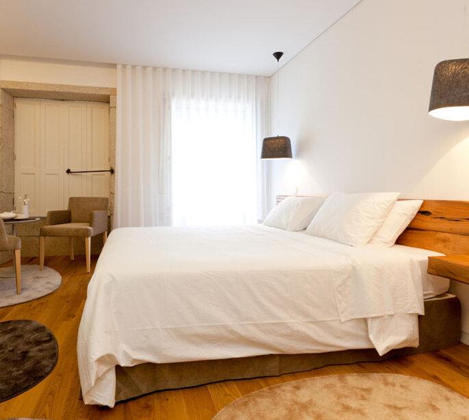 quarto de casal no InPatio Guest House em Porto