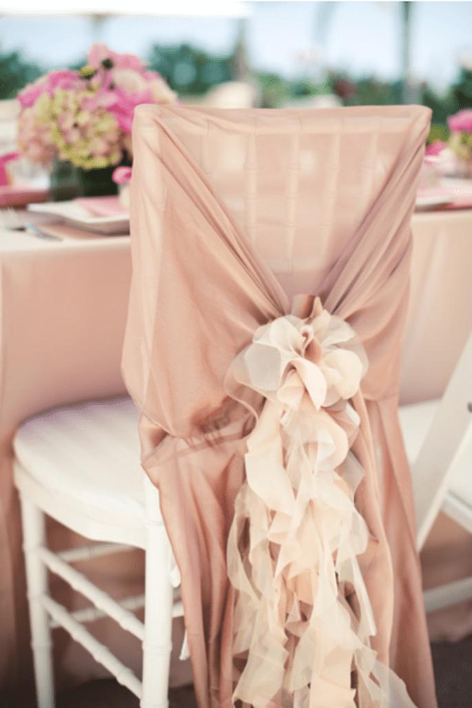 Decoración original para las sillas en tu boda - Foto Pictilio