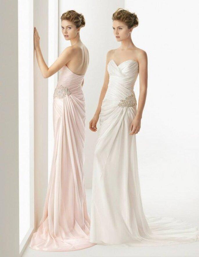 Vestidos de novia 2014 con detalles de pedrería en los costados y escotes strapless - Foto Rosa Clará