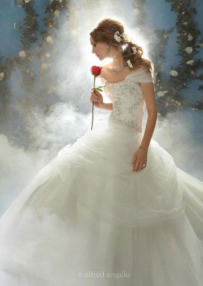 Vestido de novia inspirado en Bella - Foto Alfred Angelo