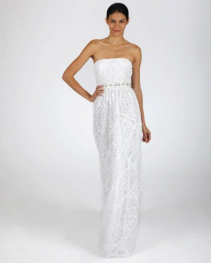 Vestido de novia para otoño con corte recto, escote strapless y estilo minimalista - Foto Oscar de la Renta