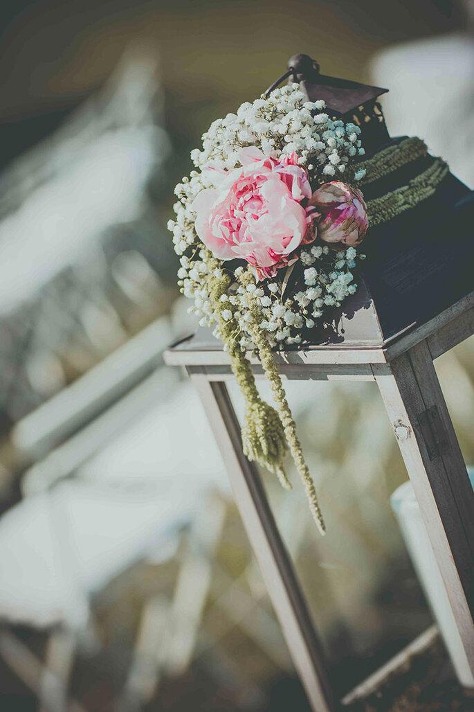 lanterne-vintage-decoration-weddings-planner-bouquets-pivoines-gypsophile
