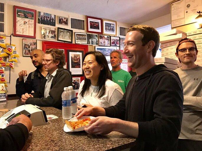 lua de mel mark zuckerberg