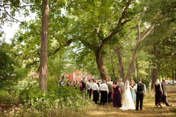 Organizar tu boda en el parque. Foto de Alexandra Roberts Photographer