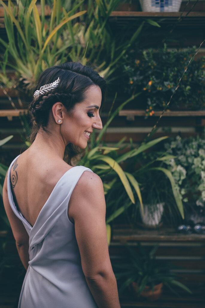 Acessório de cabelo da noiva: Ayajewellery. Foto: L'amourgraphy