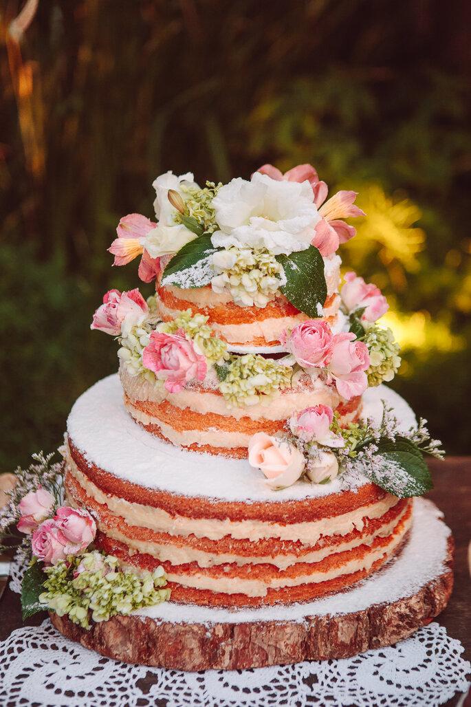 naked cake casamento
