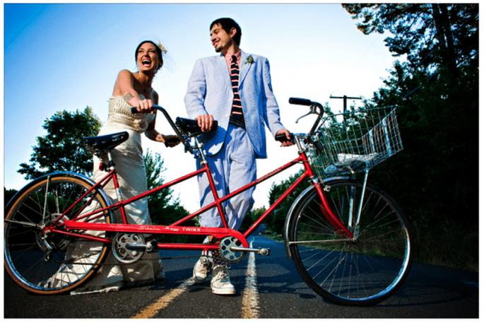 Decoración de una boda con bicicletas - Foto Our Labor of Love