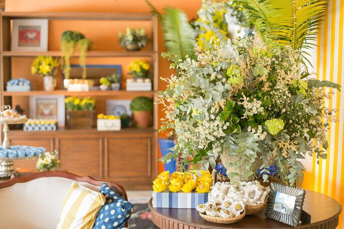 docinhos casamento rustico amarelo e azul
