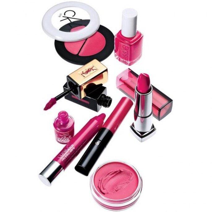 Maquillaje en color rosa fiusha de moda en 2013 - Foto Brides Facebook