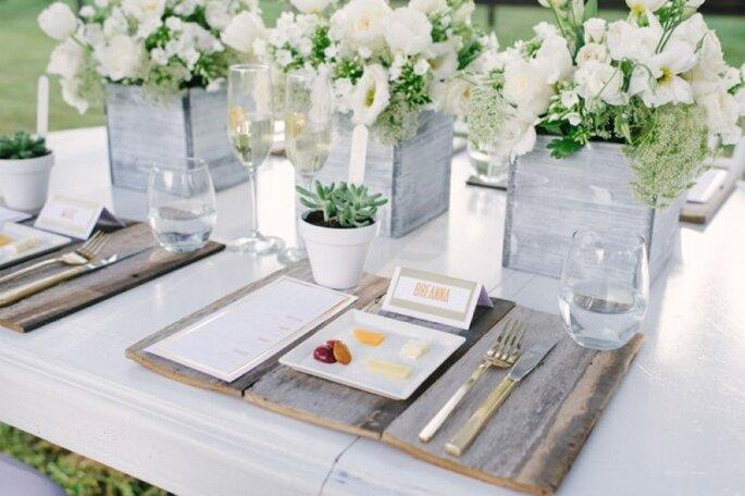 Inspiración para decorar tu boda con la magia del color blanco - Foto Rustic White Photography