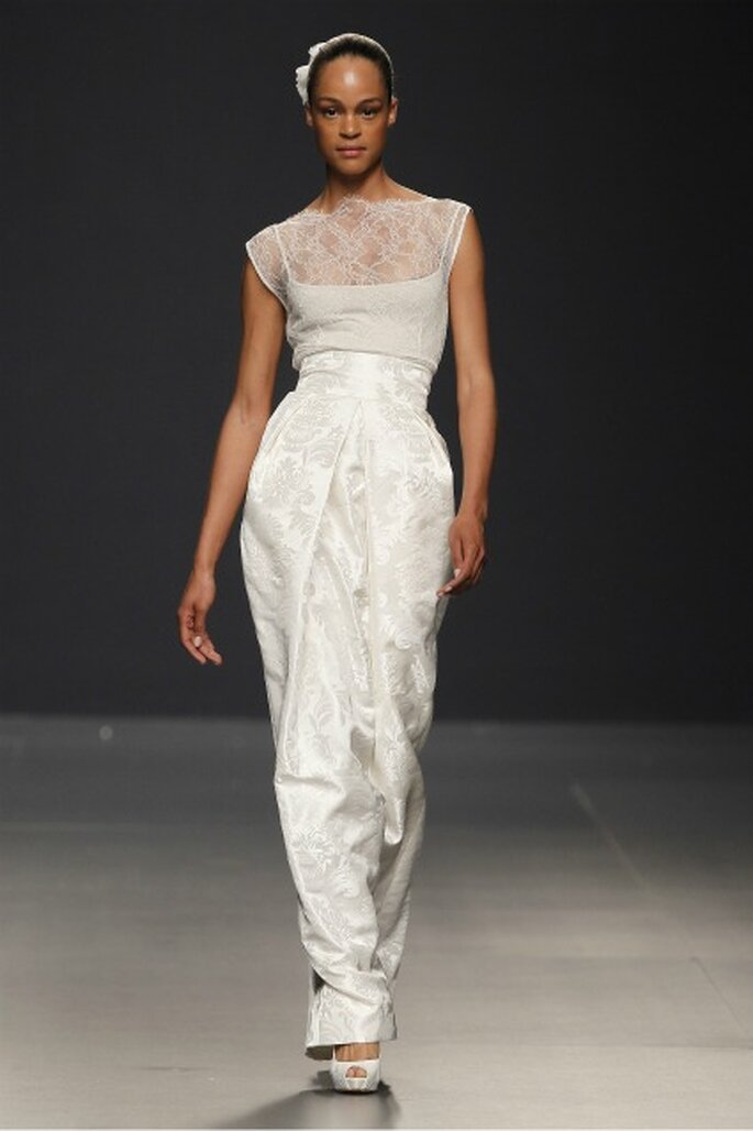 Vestido de novia Paula Del Vas 2012 con blusa reutilizable - Ugo Camera / Ifema