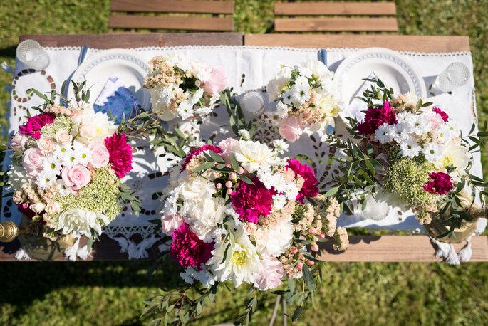 Photo : Laura Michel Photographie / Décoratrice et fleuriste : Laura K Events