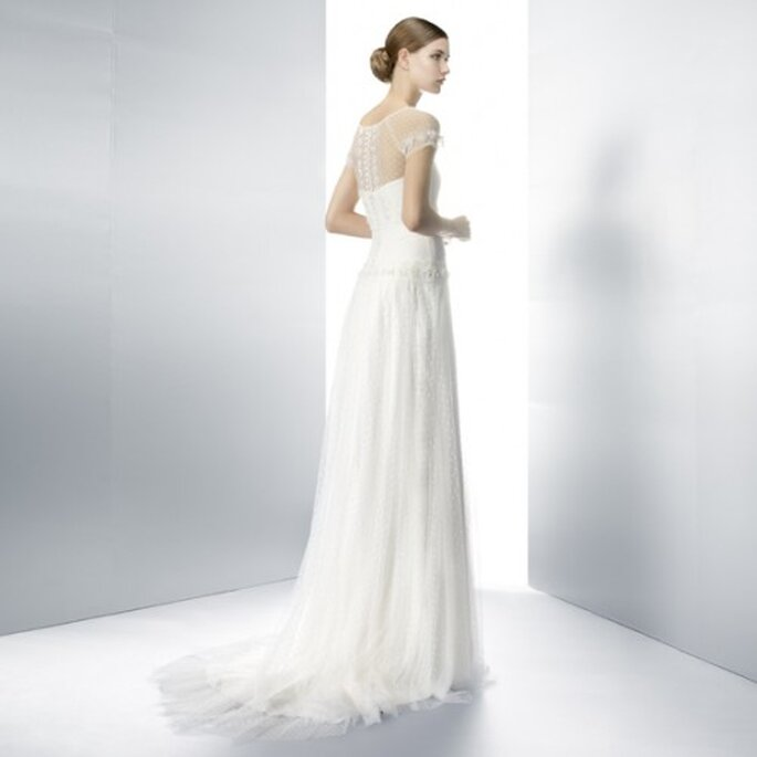 6f88ae37b Vestido de novia 2013 en colro blanco con detalle de transparencia
