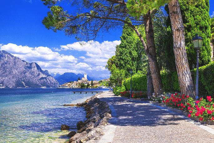 Malcesine Lago di Garda - Foto via Shutterstock : leoks