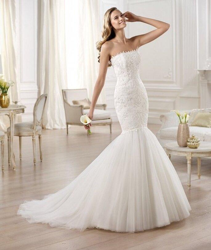Свадебное платье в стиле русалка от Pronovias 2014