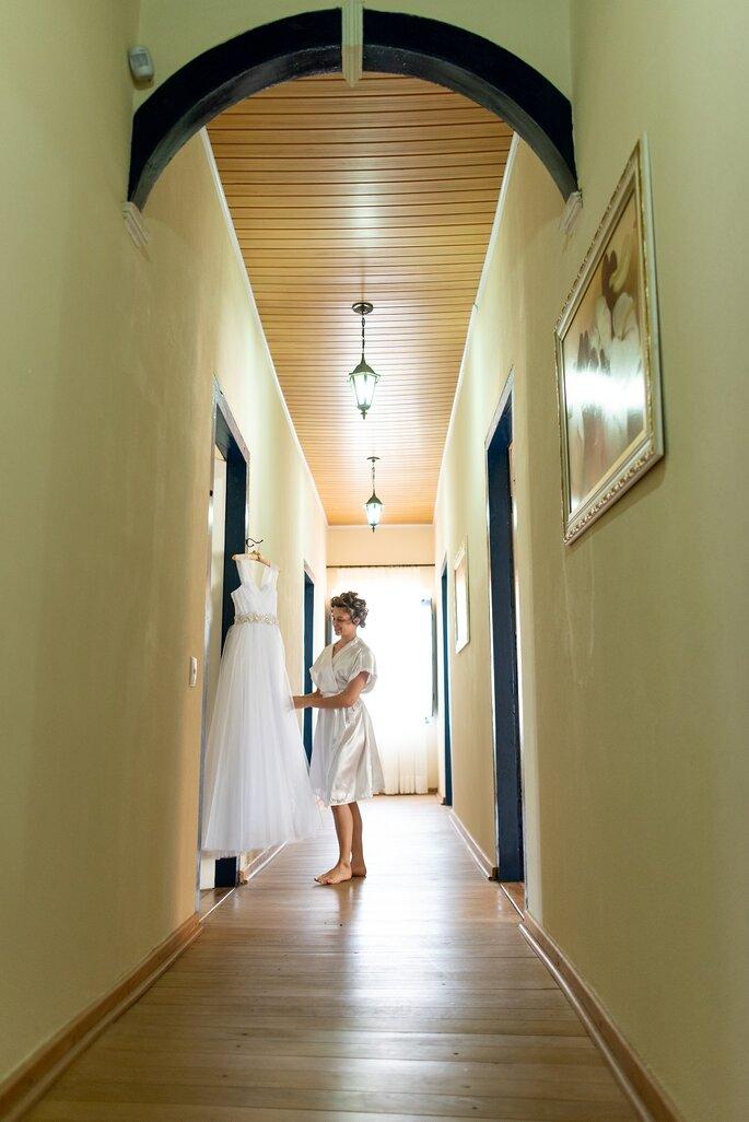 Vestido de noiva: Magali Noivas e Festas - Foto: Cris Polizello Fotógrafo