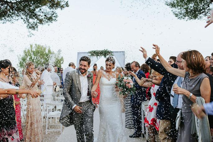 salida de los novios boda