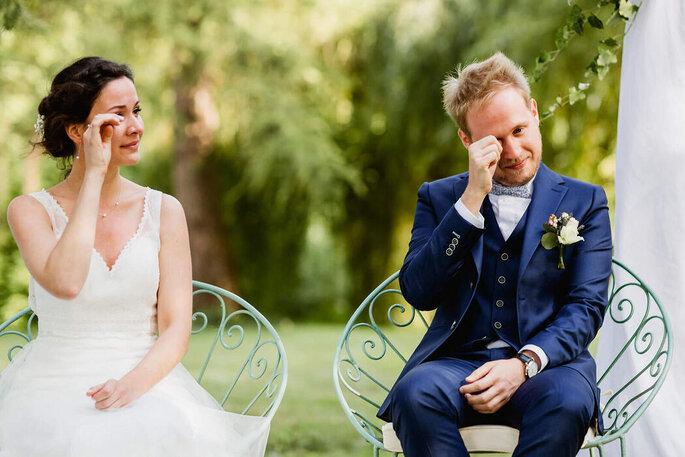 mariés qui pleurent