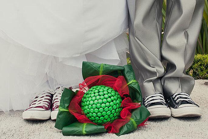 Los nuevos tratamientos con ácido hialurónico permiten a los novios ser un poquito más altos el día de la boda. Foto: Flaii Fotografía