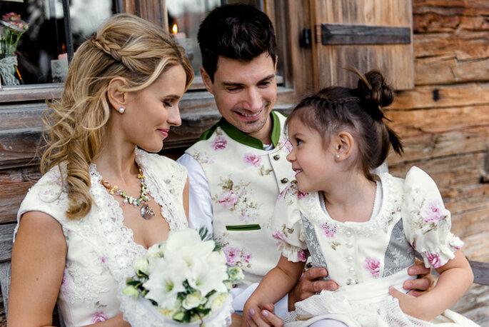 Brautkleid, Anzug, Kleidchen: Tian Van Tastique