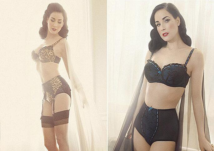 Dita Von Teese indossa due modelli della sua Collezione di lingerie Von Follies.Foto: Target.