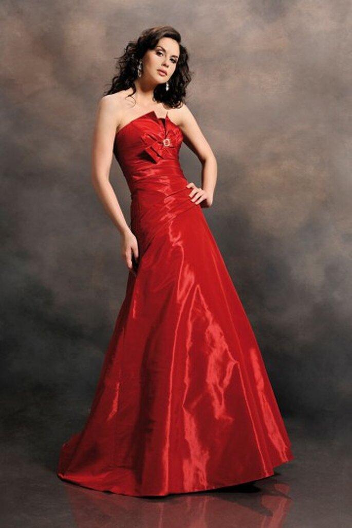 Rote Abendkleider wirken frisch und aufregend – Foto: Agnes PL