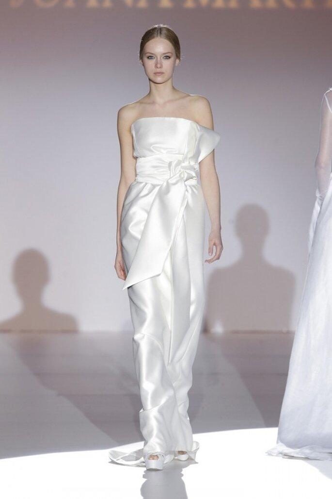 Vestidos de novia 2015 con hermosos moños - Juana Martín