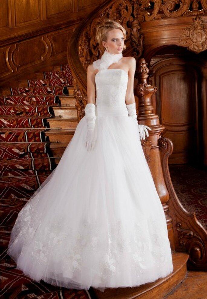 http://magazine.zankyou.com/fr/wp-content/uploads/2012/02/OKSANA-MUKHA_robe-Jenny-a.jpg