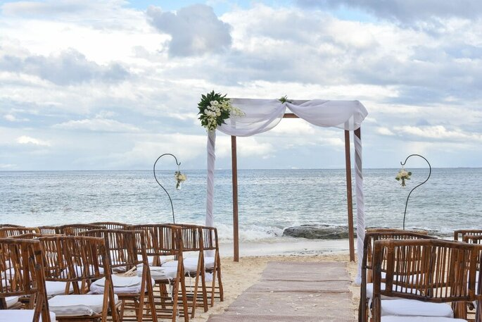 Inti Beach Club & Restaurant